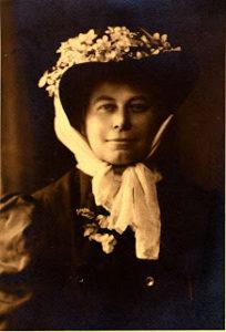 Alice Eastwood 1910, USA Public Domain.