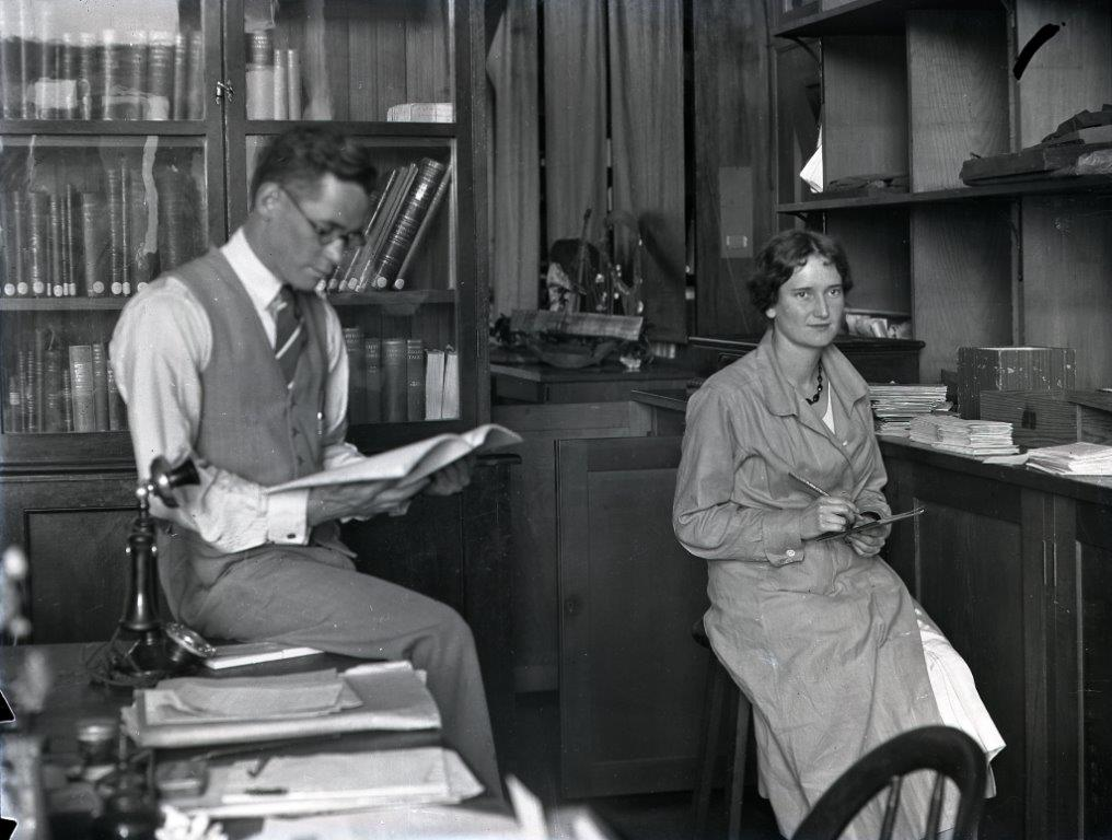 Elsie Bramell and Fred McCarthy in the Australian Museum Anthropology Department 1933. Photographer Anthony Musgrave. Australian Museum Archives AMS514_VA180_8. Reproduction Rights Australian Museum